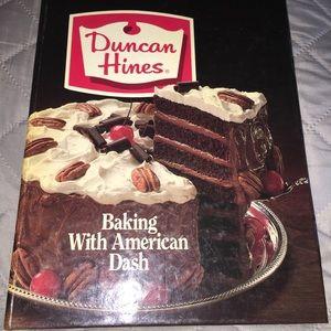 Vintage Duncan Hines Cook Book 1982 Procter&Gamble
